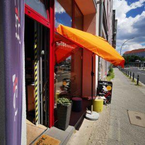 Schaufenster aussen vom The Urban Mobility Store
